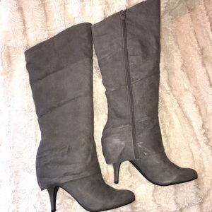 NEW Tall suede boot